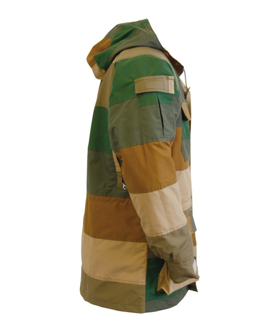 SIERRA DESIGNS   PATCHWORK MOUNTAIN PARKA 50周年限定★_d0152280_03154330.jpg