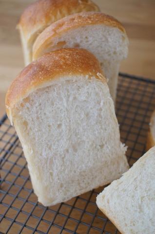 美味しい食パンのある1年を目指して!!_b0345432_14513480.jpg
