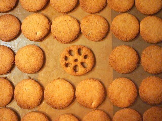 れんこんクッキー_b0279058_20410025.jpg