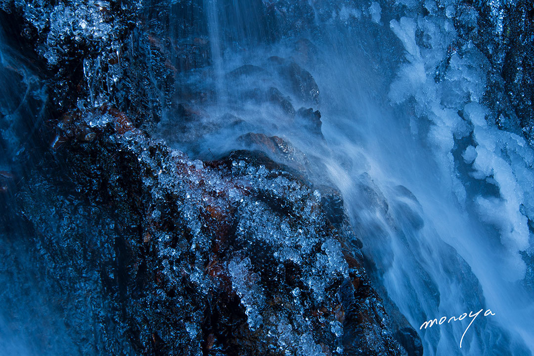 冬の滝_c0085877_06382294.jpg