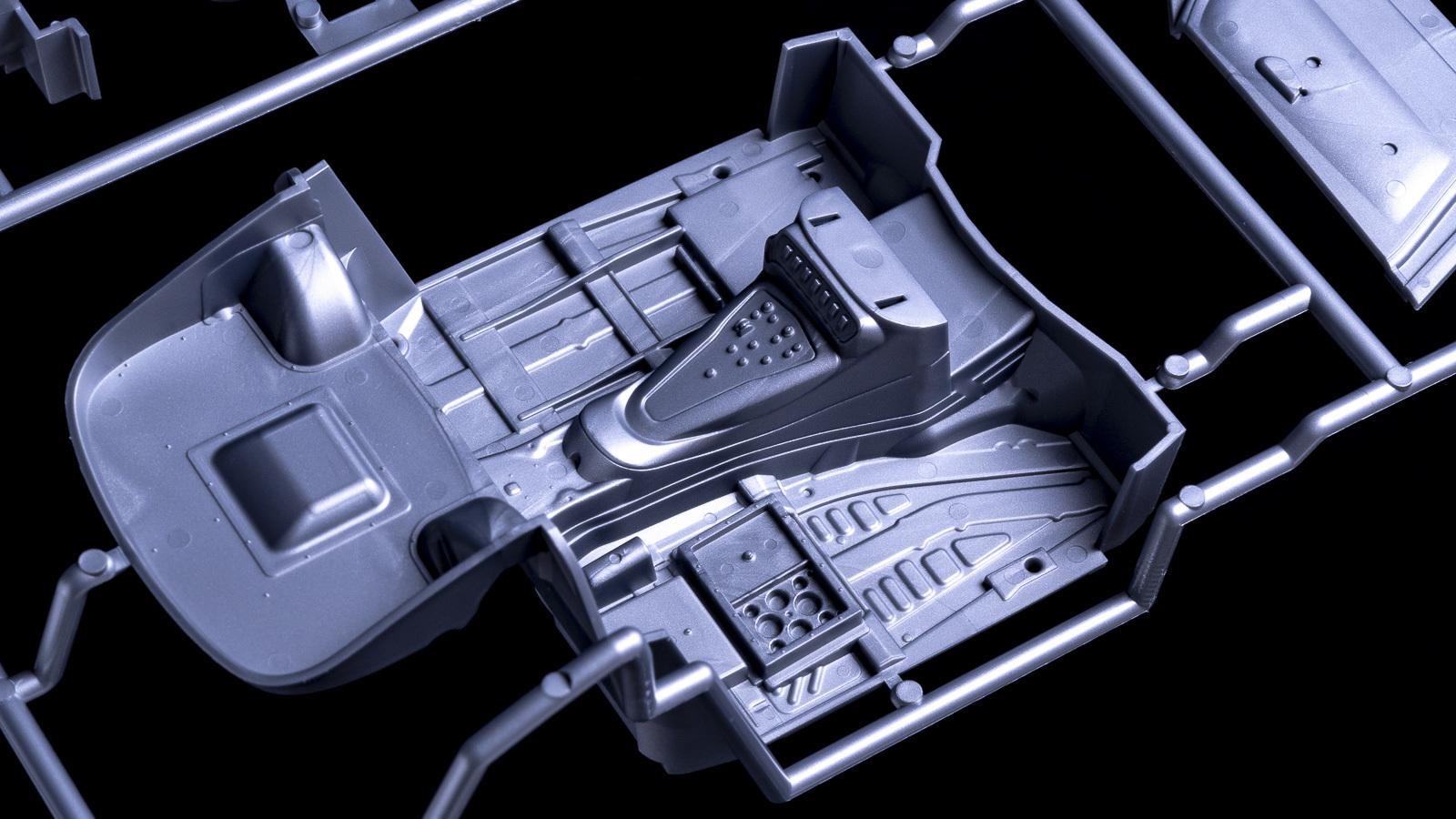 カーモデルの超ビギナーが初音ミクのGTマシンを2日で作れる魔法のような方法を教えます_b0029315_23260460.jpg