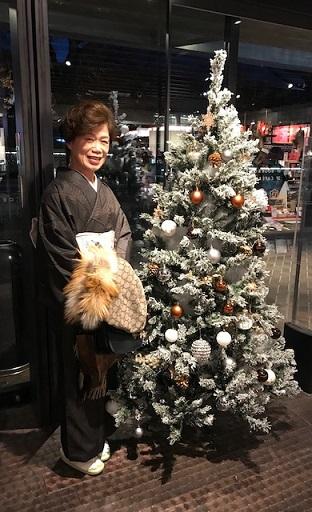 クリスマス会と野田さんコンサート・パリの帯で素敵に。_f0181251_1812510.jpg