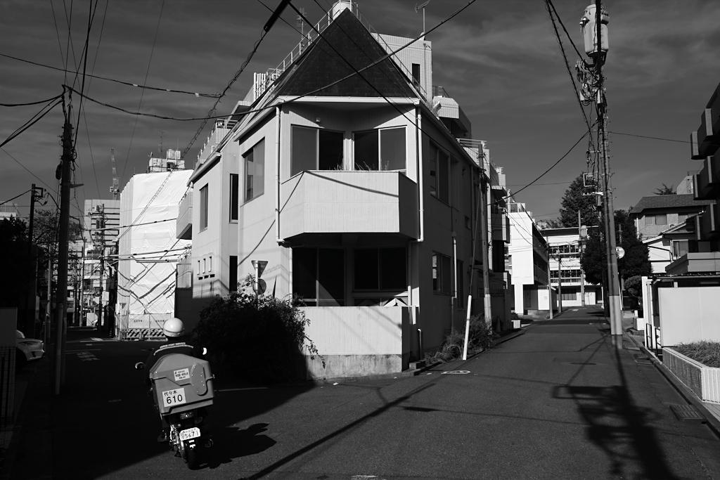 千駄ヶ谷の影 3_f0079061_17572701.jpg