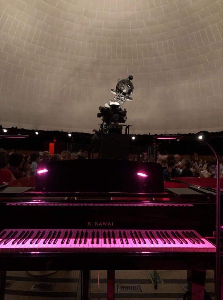 ミラノのプラネタリウムで二台ピアノ版「惑星」_e0056670_17492354.jpeg