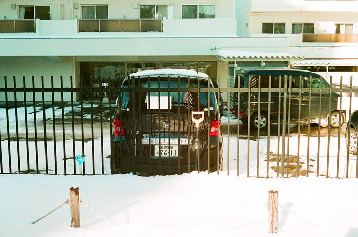 青空駐車の雪備え_c0182775_17442386.jpg