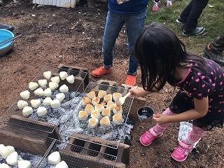 第6回 くんじゃん山学校「炭焼き体験」_f0121321_11263279.jpg