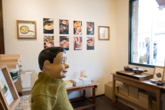 恵文社で開催中 宮本しばに『台所にこの道具』出版記念フェア_e0369736_08163957.jpg