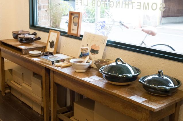 恵文社で開催中 宮本しばに『台所にこの道具』出版記念フェア_e0369736_08164830.jpg