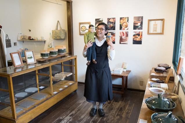 恵文社で開催中 宮本しばに『台所にこの道具』出版記念フェア_e0369736_08190576.jpg