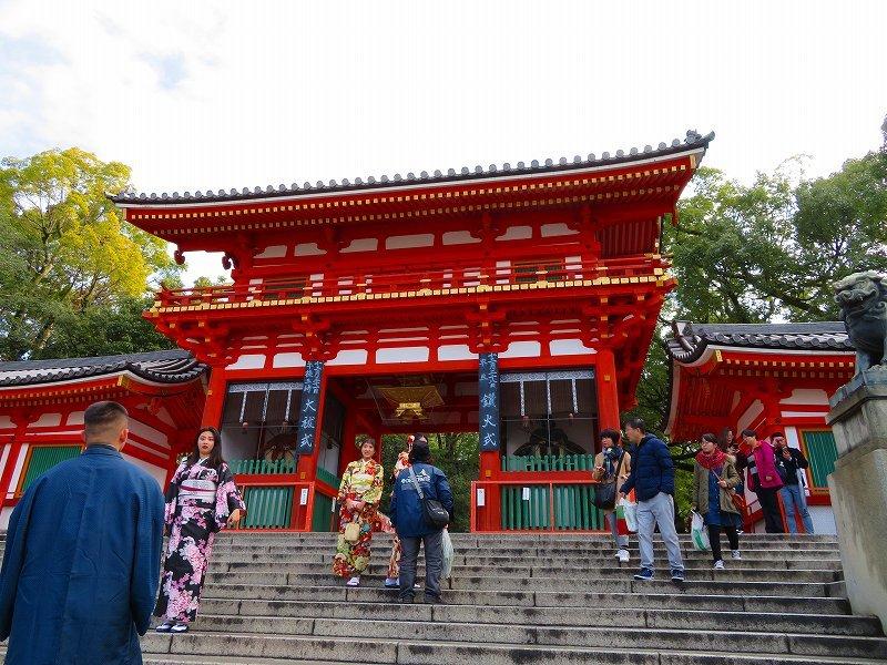 八坂神社は正月準備20181223_e0237645_23560909.jpg