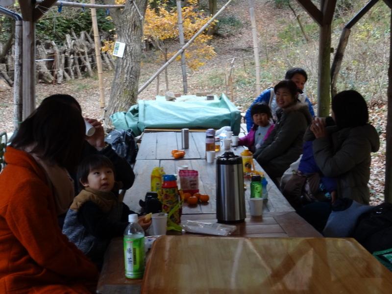 孝子の森で「里山クリスマス」(ピザ職人体験&ケーキつくり)_c0108460_20074532.jpg