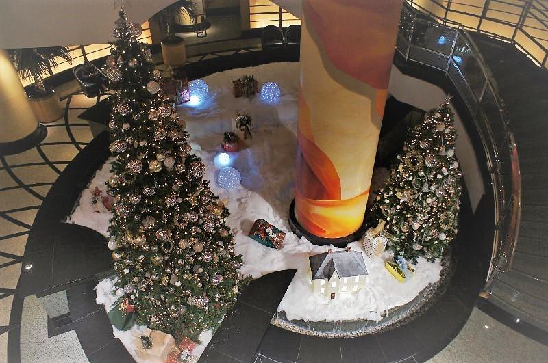 みなとみらいのクリスマスツリー_a0355365_12371442.jpg