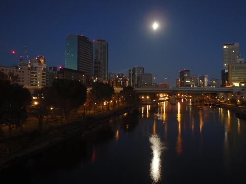 大阪市内を散策_a0345079_16484602.jpg