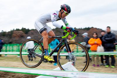 金栄堂サポート:Team CHAINRING・積田連選手 UCI class2 宇都宮シクロクロスご報告&Fact®インプレッション!_c0003493_18212557.jpg