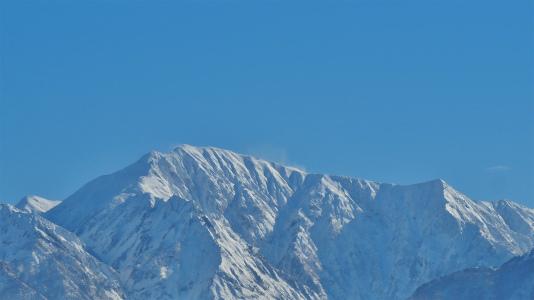 今日の八海山と駒ケ岳_c0336902_21380215.jpg