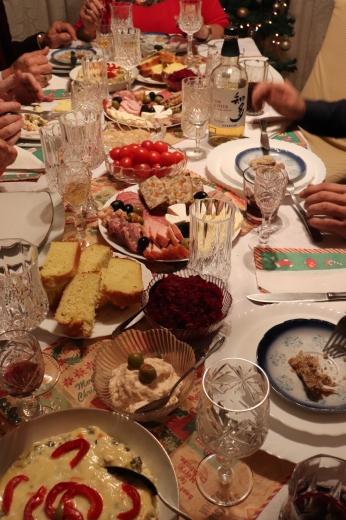 ルーマニアでのクリスマスイブ_a0213806_18572720.jpeg