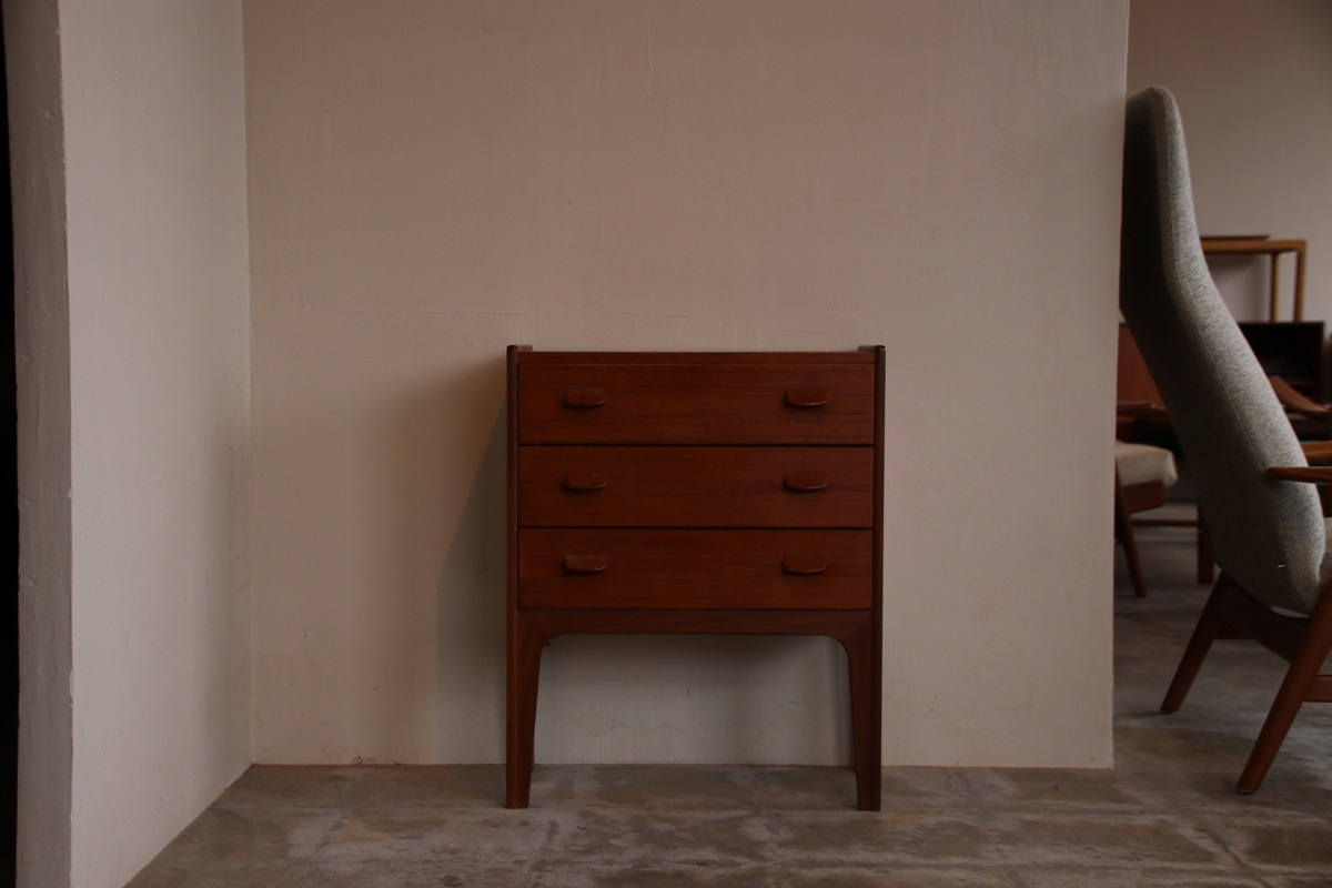 『Poul M.Volther Chest』_c0211307_21262957.jpg
