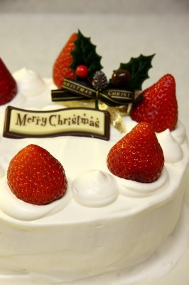 クリスマスケーキ_d0336530_21505391.jpg