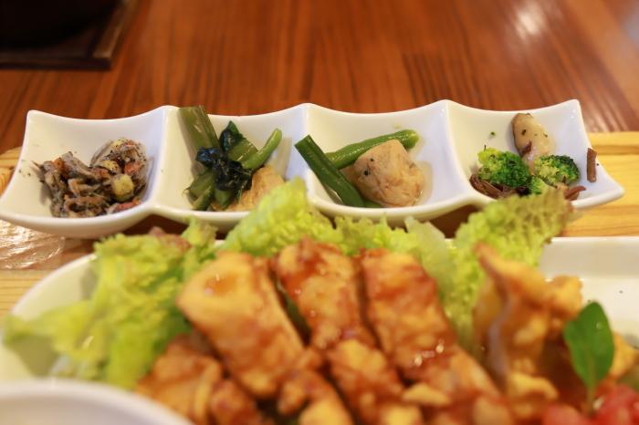 *六本木*「sakura食堂」_f0348831_22414957.jpg