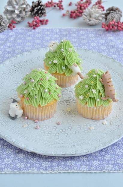 猫と共に クリスマスツリーカップケーキでメリークリスマス☆彡 Homemade Christmas Tree Icing Cookies_d0025294_18463131.jpg