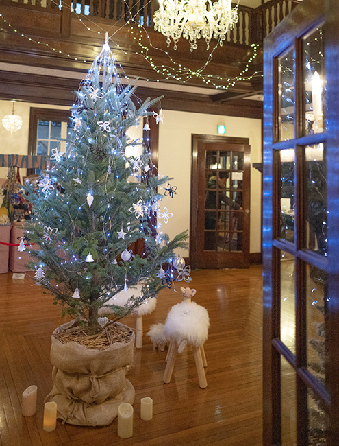 山手西洋館・世界のクリスマス2018・山手234番館・山手111番館のクリスマスツリー_b0145398_15501099.jpg
