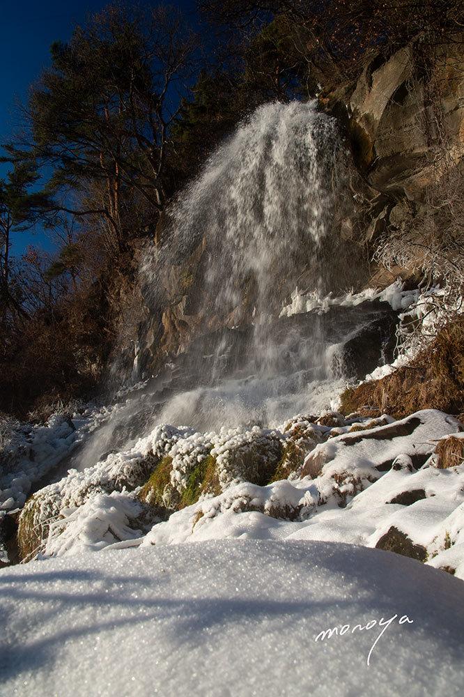 冬の滝_c0085877_05575356.jpg