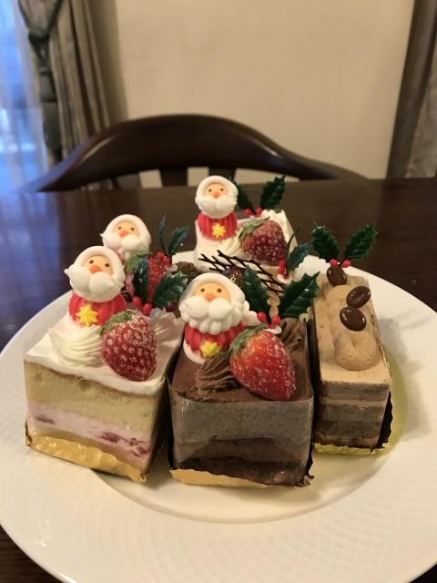 クリスマスケーキ_a0180279_17200861.jpg