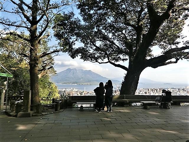鹿児島の旅@NHK大河ドラマ西郷どんを終了日曜日が寂しい、鹿児島を旅行城山と桜島の間に錦江湾、それは神様からの贈り物だ_d0181492_23314698.jpg