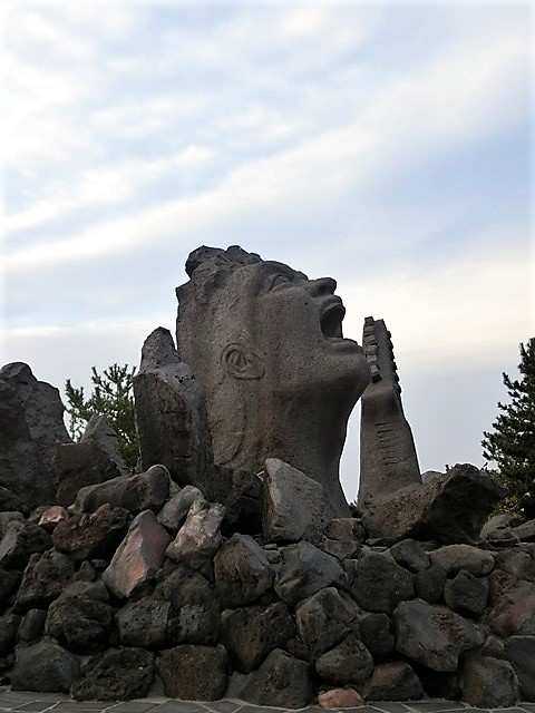 鹿児島の旅@NHK大河ドラマ西郷どんを終了日曜日が寂しい、鹿児島を旅行城山と桜島の間に錦江湾、それは神様からの贈り物だ_d0181492_23355281.jpg