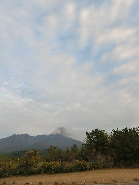 鹿児島の旅@NHK大河ドラマ西郷どんを終了日曜日が寂しい、鹿児島を旅行城山と桜島の間に錦江湾、それは神様からの贈り物だ_d0181492_23360463.jpg