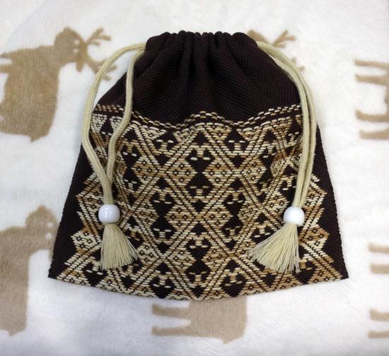 こぎん刺しの新しい模様、犬のつらこ(顔)の袋物など_a0136293_16222656.jpg