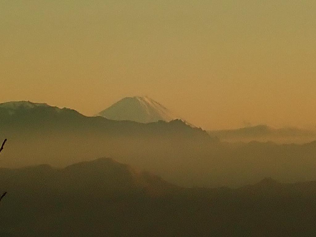 高峰高原の夕暮れ_e0120896_06425196.jpg