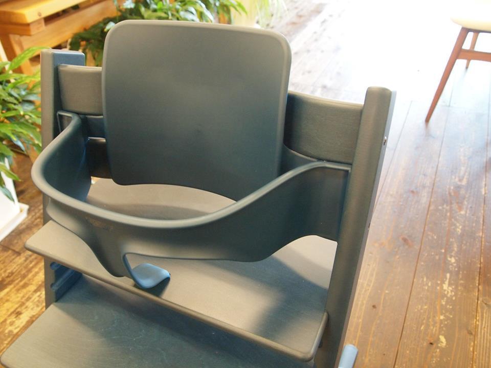 子供とともに成長する椅子「トリップトラップ」_b0211845_16262722.jpg