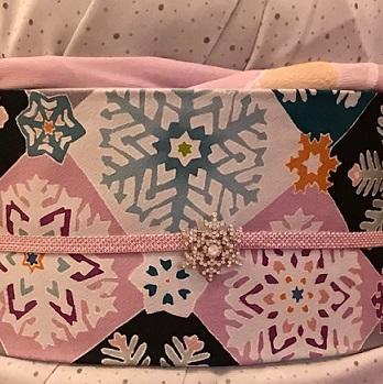 クリスマス会・久子様・御召に雪の結晶染め帯・鶴のバッグ_f0181251_11182618.jpg