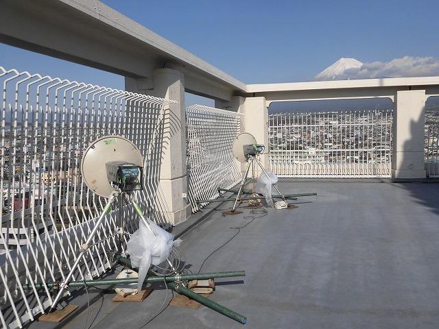 今年の交通整理ボランティアは「いただきへのはじまり」の和田町交差点 近づく富士山女子駅伝_f0141310_08025948.jpg