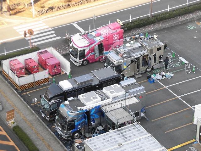 今年の交通整理ボランティアは「いただきへのはじまり」の和田町交差点 近づく富士山女子駅伝_f0141310_08031387.jpg