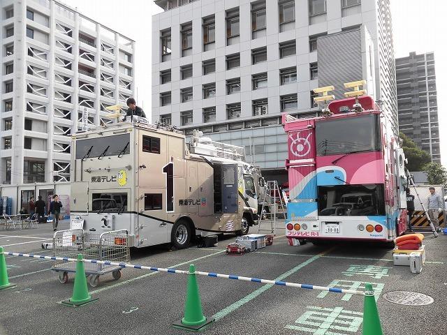 今年の交通整理ボランティアは「いただきへのはじまり」の和田町交差点 近づく富士山女子駅伝_f0141310_08033944.jpg