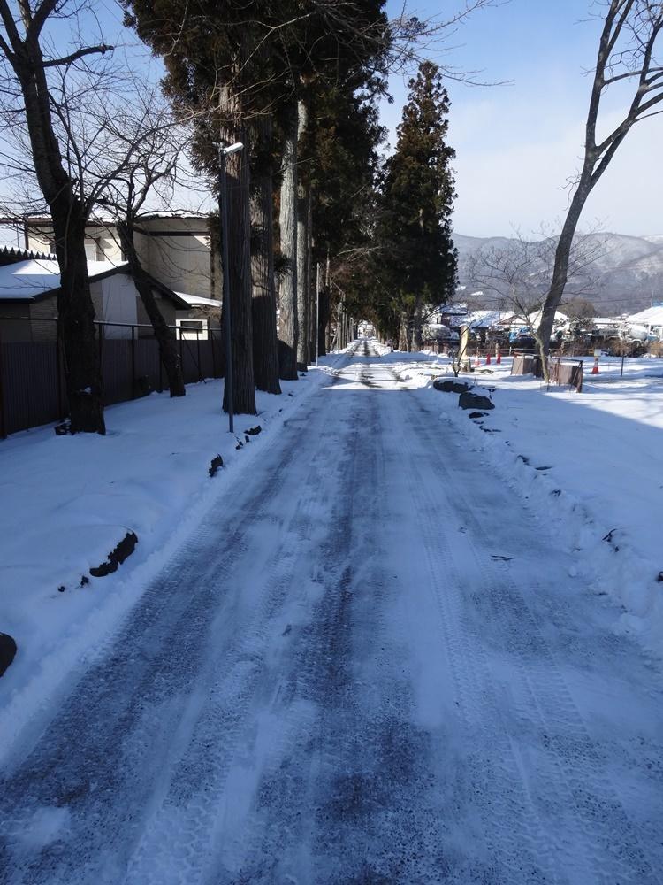 今日は除雪から_c0111229_18541306.jpg