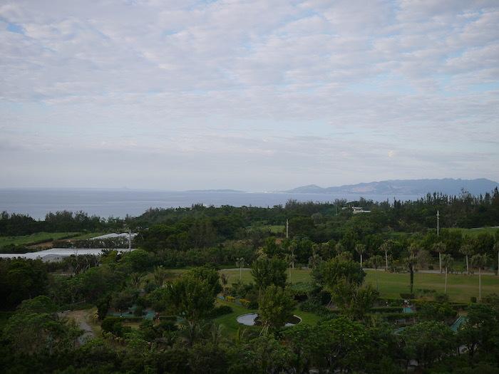沖縄ぎりぎり旅行3「ジ・アッタテラス」_e0359436_11125921.jpg