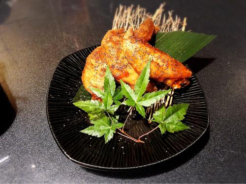 鶏バル×チーズタッカルビ 肉屋の三國_e0292546_00225368.jpg