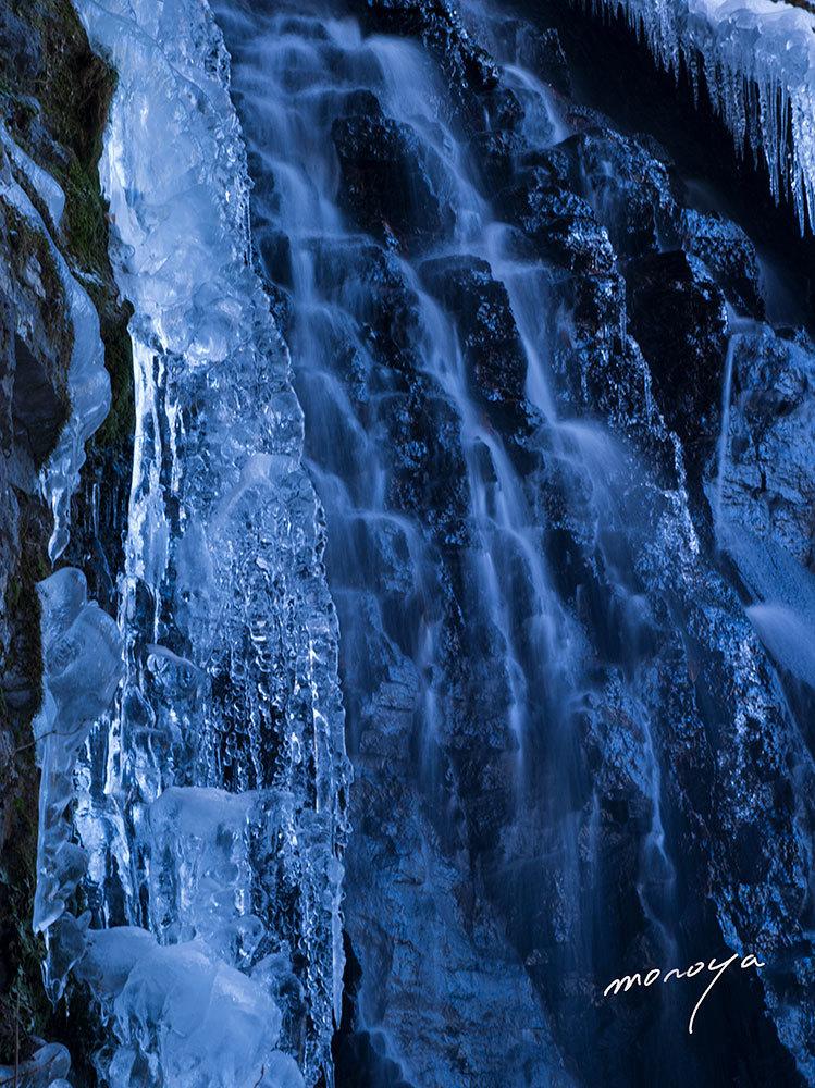厳冬の滝_c0085877_04444802.jpg