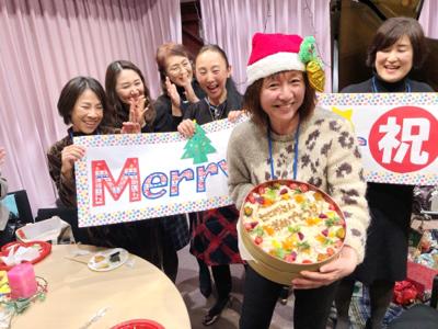 作曲家春畑セロリ先生の「妄想ピアノ部」のクリスマスパーティー_c0106100_08514427.jpg