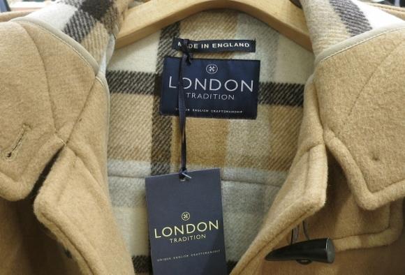 London Tradition のコートです。_c0227633_12352602.jpg