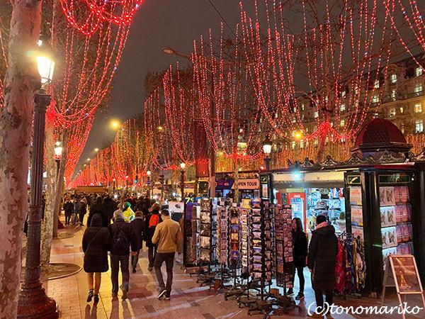 クリスマス気分いっぱいの年末のパリモードへ・・・_c0024345_15544183.jpg