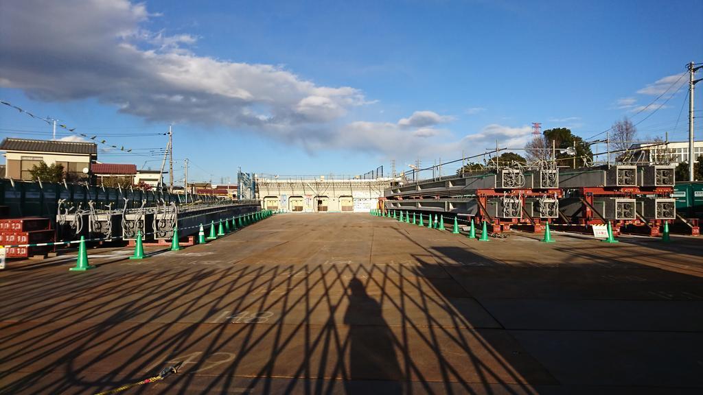 東八道路(仮称)JR南武線跨線橋にPC桁が用意されていました_a0332275_00552822.jpg