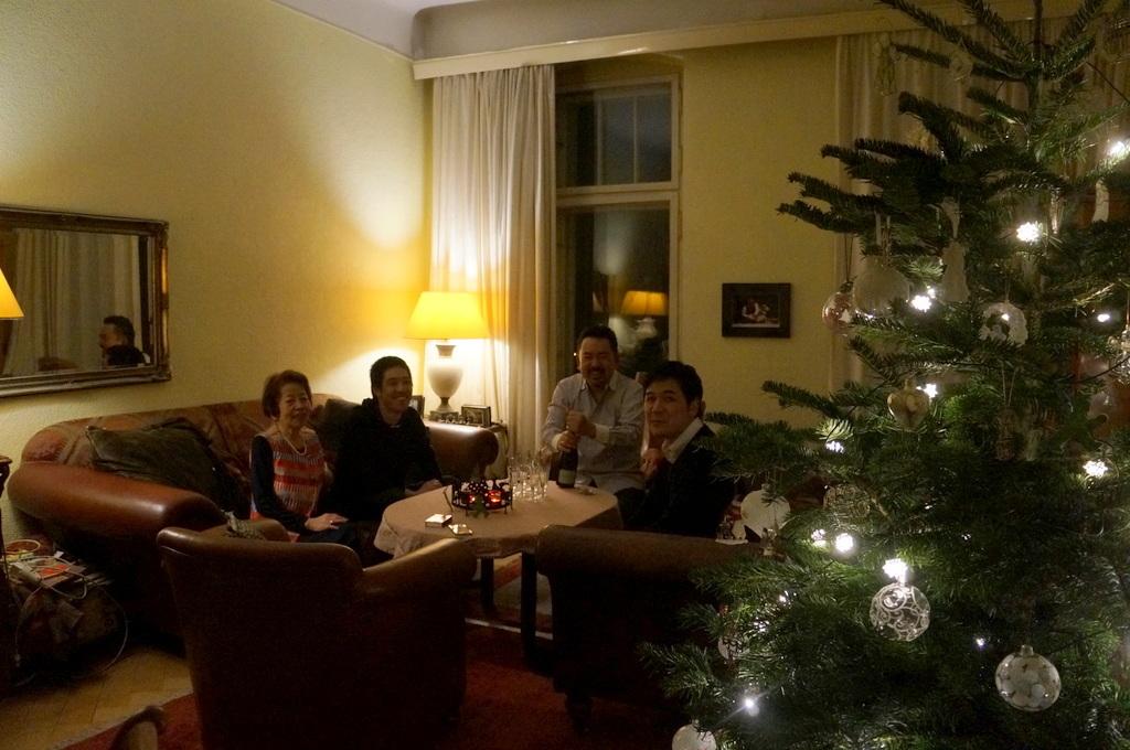 クリスマス晩餐2018、今年もゲンゼ !_c0180686_04300981.jpg