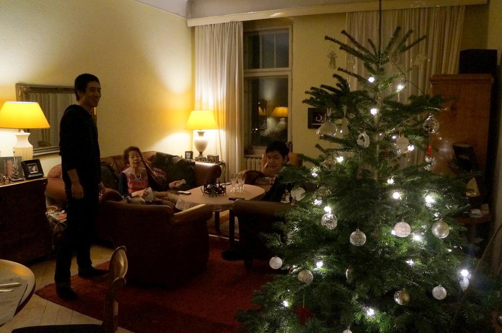 クリスマス晩餐2018、今年もゲンゼ !_c0180686_04305470.jpg