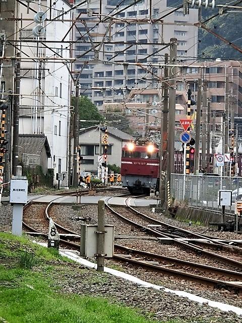 藤田八束の鉄道写真@鹿児島駅貨物列車の写真、長い旅を終えた貨物たちが最南端のこの鹿児島貨物ターミナルに到着_d0181492_11481667.jpg