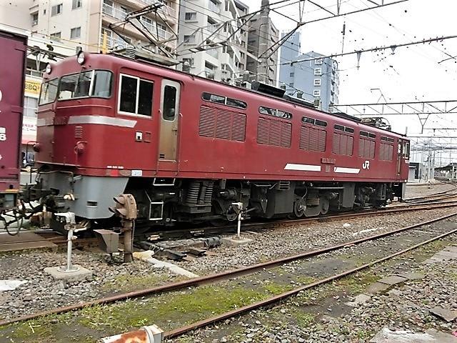 藤田八束の鉄道写真@鹿児島駅貨物列車の写真、長い旅を終えた貨物たちが最南端のこの鹿児島貨物ターミナルに到着_d0181492_11492996.jpg