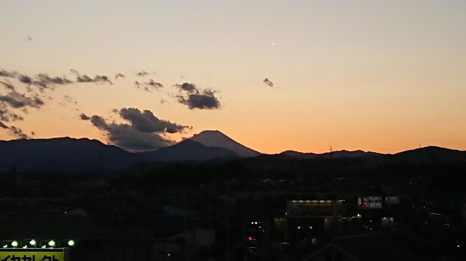 12/30  今日の富士山_b0042308_17082425.jpg